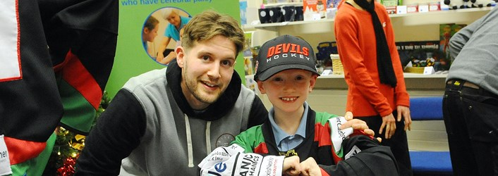 Child In Cardiff Devils Top